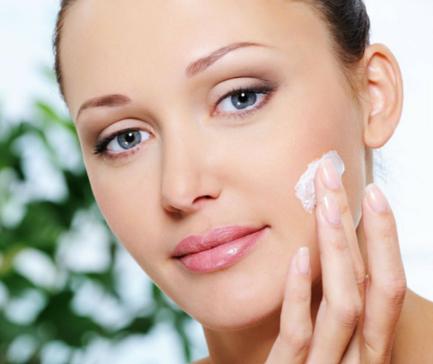 cuidados-para-tratar-piel-seca-hidratacion