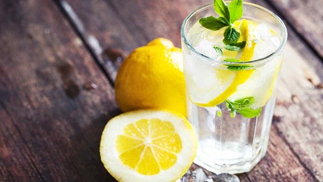 agua-con-limón1