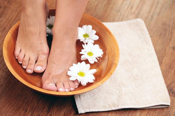 Cuidado de pies con cosmética natural